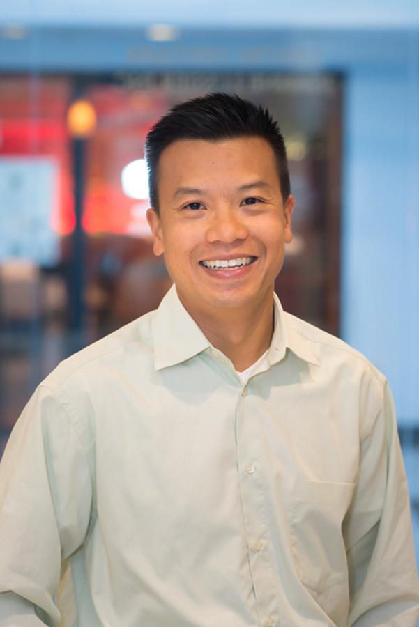 Dr Jack Ng, chirurgien dentiste