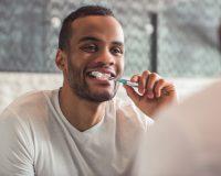 Prévenir au quotidien l'accumulation de plaque dentaire